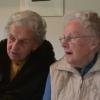 Tante Maria Edvige Avancini im Gespräch mit Fernanda Avancini, Mutter von Georg